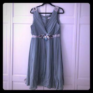❤️ NWT Beautiful embellished dress